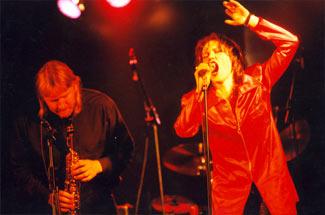 Siiri Sisask and Villu Veski band
